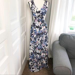 V Neck Side Cut Out Floral Maxi Dress Sz S